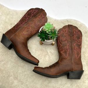 Ariat Round Up Square Toe Western Boot Size 8B